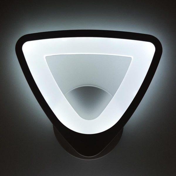 LED бра Triangle фото